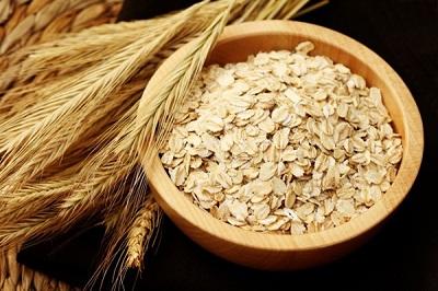 Thực phẩm chức năng từ lúa mạch và yến mạch