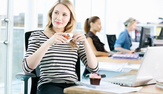Nhân viên văn phòng là đối tượng dễ bị bệnh trĩ nhất