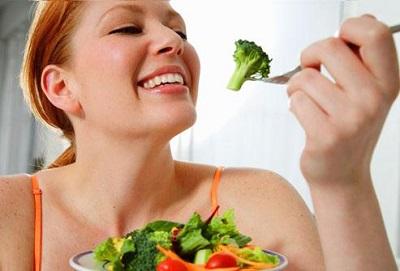 Ăn nhiều ngũ cốc, chất xơ để hỗ trợ điều trị bệnh trĩ