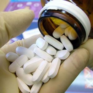 Chữa bệnh trĩ bằng thuốc có khỏi không?