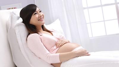 Bị bệnh trĩ nên sinh thường hay sinh mổ?