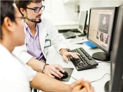 Mỗi bệnh nhân ung thư đại tràng sẽ có phương pháp điều trị hoàn toàn khác nhau