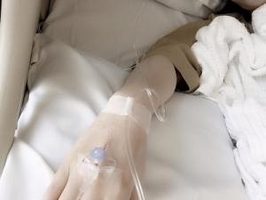 Truyền nước trong bụng khi bị gan xơ cứng