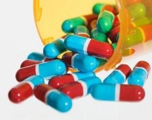Viêm ruột liên kết với kháng sinh