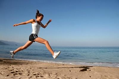 Tập luyện cùng với người ăn ý sẽ giúp bạn đốt cháy được nhiều lượng calo hơn