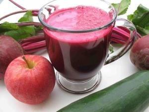 Nước ép từ rau củ chứa nhiều chất dinh dưỡng có lợi cho sức khỏe