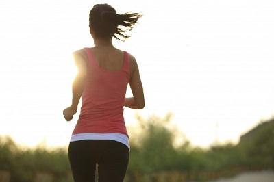 Chế độ ăn uống và luyện tập quá khắt khe cũng là một sai lầm của nhiều chị em